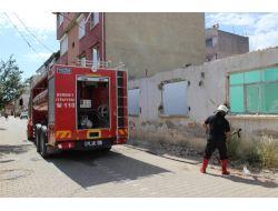 Metruk Evde Çıkan Yangın, Paniğe Neden Oldu
