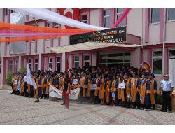 Okulları Bitti, İş Ayaklarına Geldi