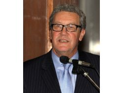 Downer, Avustralyanın Washington Büyükelçisi Olmak İstiyor