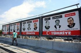 Başkentte 'Erdoğan'ı yedirmeyiz' afişleri