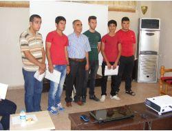 Viranşehir Polisi 40 Öğrenciyi Meslek Sahibi Yaptı