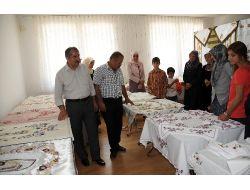 Altınova'da El Sanatları Sergisi Açıldı