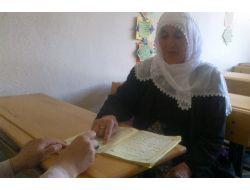 94 Yaşında Kuran-ı Kerim Okumayı Öğrendi