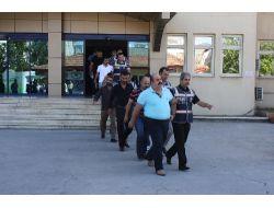 Çete Suçlamasıyla Tutuklanan Parti İl Başkanının Görüntüsü Güvenlik Kamerasında