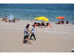 Antalyada Termometreler 38 Dereceyi Gösterdi