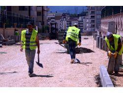 Osmangazide Bordür Tratuvar Ve Asfaltlama Çalışmaları Sürüyor