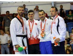 Akdeniz Oyunlarında Tekvando Artı 80 Kiloda Ali Sarı Altın Madalya Kazandı