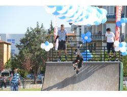 Uşak Belediyesi'nden Gençlere Kaykay Pisti