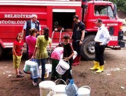 Selin Vurduğu Kabataş İlçesine İtfaiye İle İçme Suyu Taşınıyor