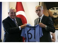 Hacıosmanoğlu: Uefa'dan Haklılığımızla İlgili Karar Vermesini Bekliyoruz
