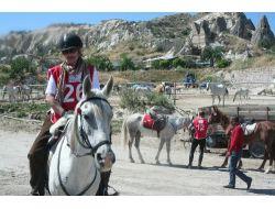 Kapadokyada Atlı Dayanıklılık Yaz Kupası Yarışmaları Başladı