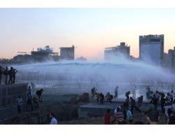 Taksim Meydanı karıştı!..