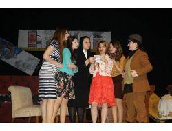 Feriha Uyar Ktml, Antalya Ulusal Tiyatro Şenliğinde Ödülleri Topladı