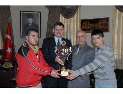 Yıldız Kulüpler Türkiye Halter Şampiyonası Merzifon'da Yapılacak