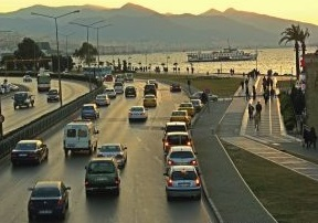 İZMİR TRAFİĞİ ÜZERİNE.. / 1