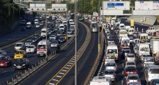 İstanbulda trafiğe kapalı yollar