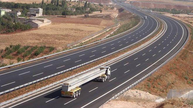 Türkiyeden Katara karayolu gidecek