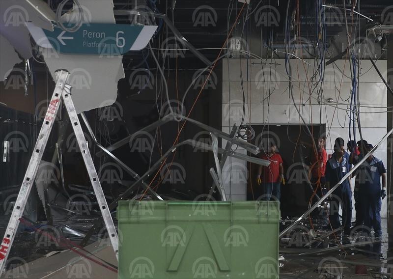 Ankara YHT Garında asma tavan çöktü