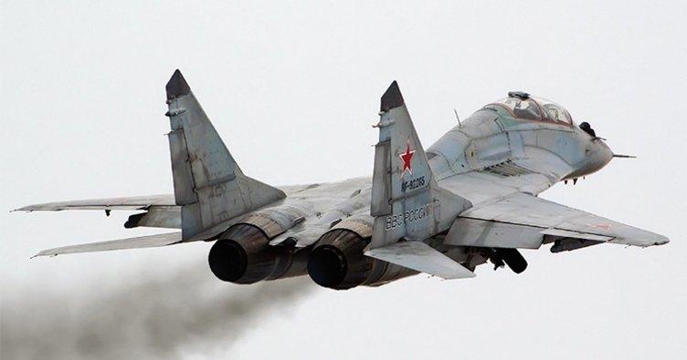 Suriyede Rus savaş uçağı düştü