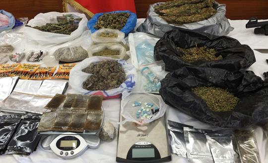 Sivasta uyuşturucu operasyonları