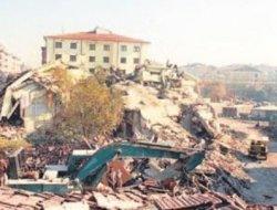 18'inci yılında Düzce depremi