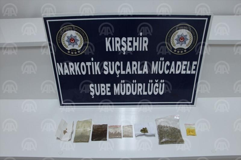 Kırşehirde torbacı çetesine şafak operasyonu