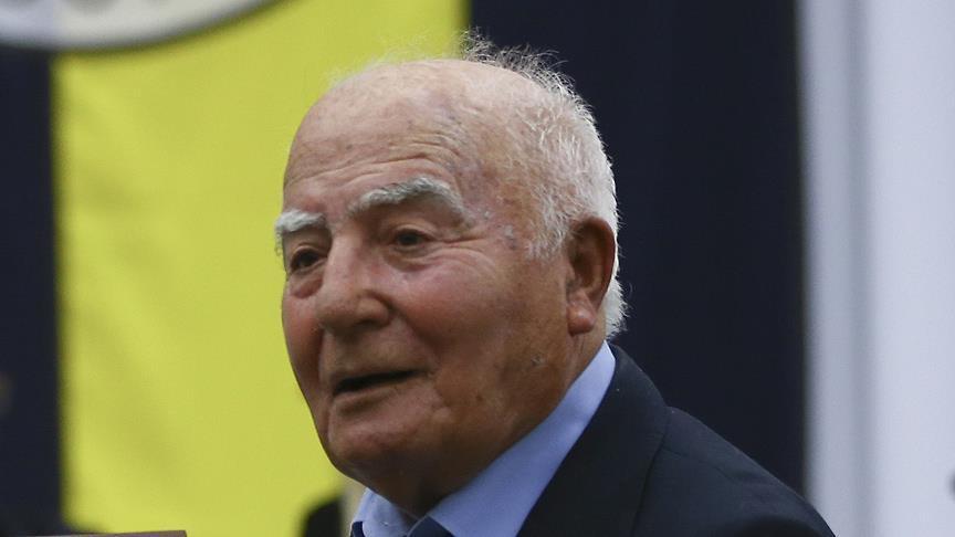 Eski milli futbolcu Halit Deringör vefat etti!