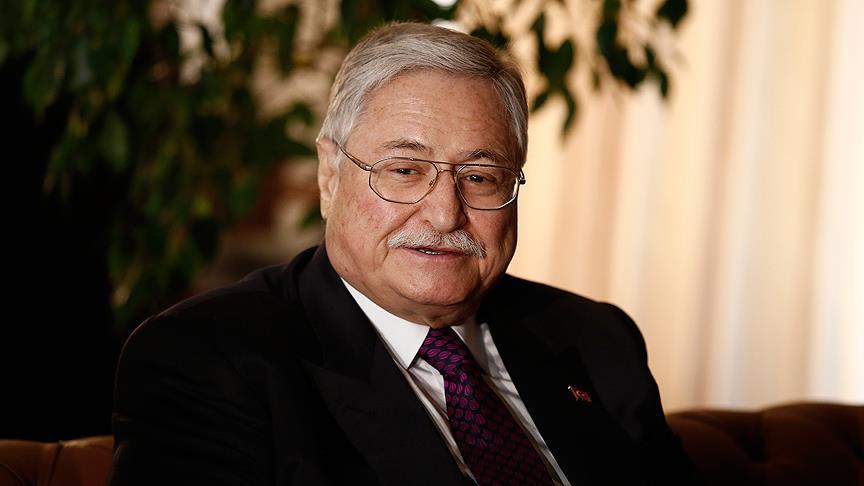 Eski bakanlardan Hasan Celal Güzel hayatını kaybetti!