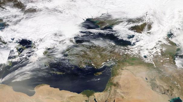 Toz bulutu geliyor! NASA uydusu böyle görüntüledi