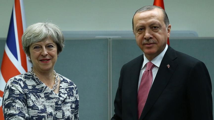 Cumhurbaşkanı Erdoğan, May ile Suriye'yi görüştü!