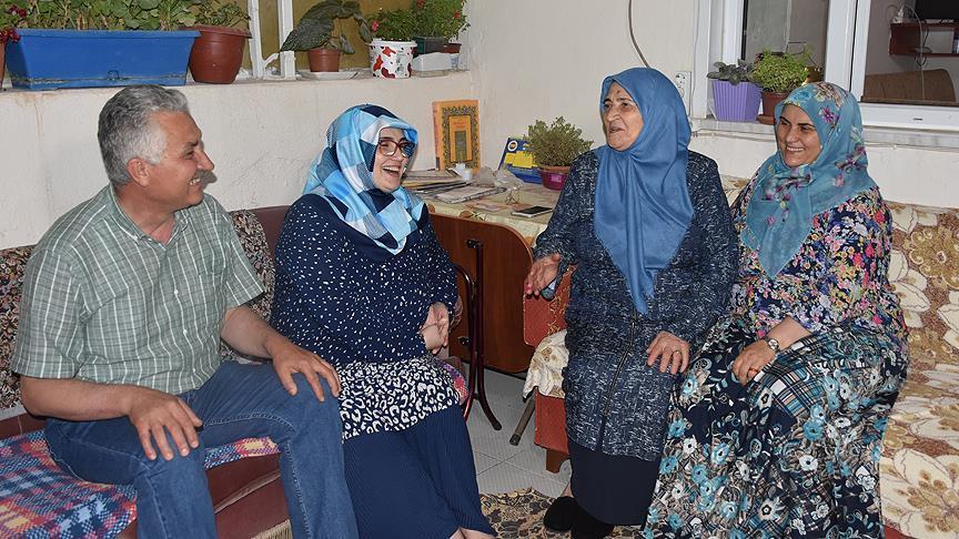 Yeni Bakan Dönmez'in ailesinde görev sevinci