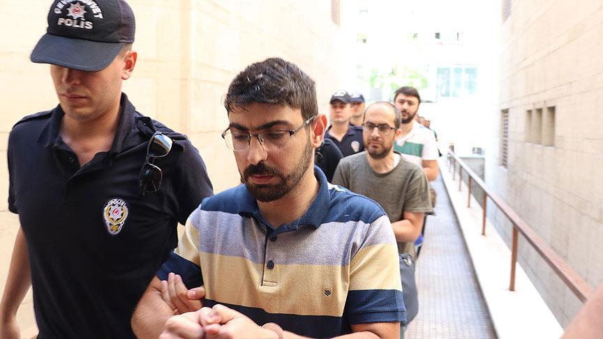 Bursa'da FETÖ eğitim kurumu yöneticisi 14 kişi adliyede