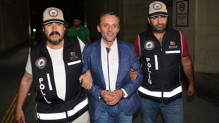 'FETÖ'cü iş adamlarını para karşılığı tahliye' iddiasına 5 tutuklama