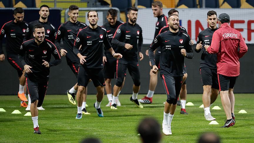 A Milli Futbol Takımı'nın aday kadrosu toplanıyor