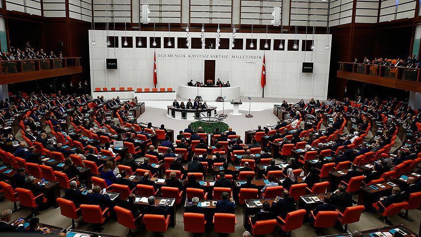 AK Parti'nin torba kanunu teklifi TBMM Başkanlığına sunuldu