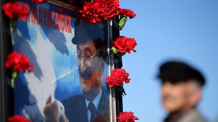 Bülent Ecevit vefatının 12'nci yılında mezarı başında anıldı