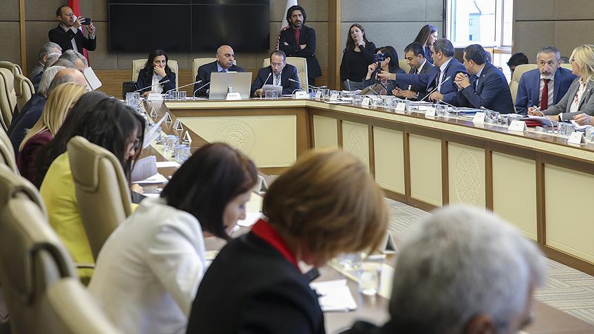 Sağlık alanında düzenlemeler içeren teklifin 5. maddesi kabul edildi