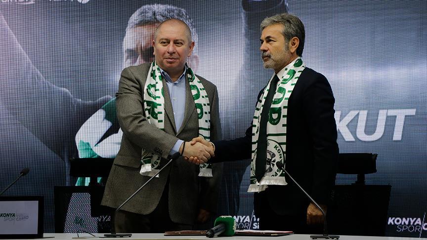 Aykut Kocaman, Atiker Konyaspor'a imzayı attı!