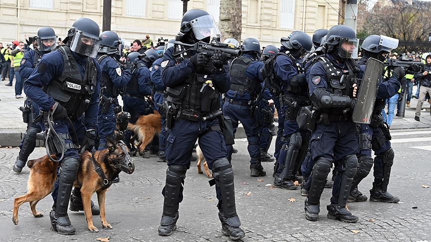 Paris'i 8 bin polis koruyacak!