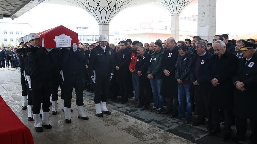 Şehit polis memuru Çelik son yolculuğuna uğurlandı
