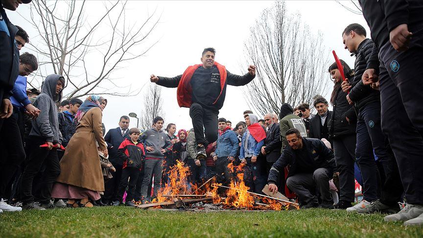 Nevruz Bayramı coşkuyla kutlanıyor