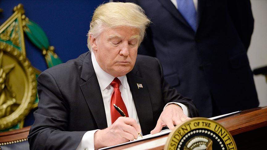 Trump, Golan Tepeleri'ni İsrail toprağı olarak tanıyan kararı imzaladı!