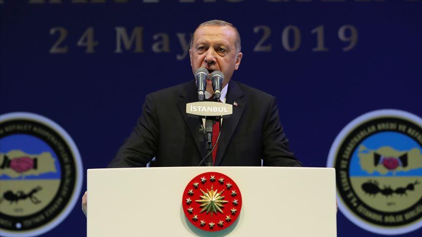 Erdoğan: İstanbul halkının oyuna halel gelmesine göz mü yummalıydık