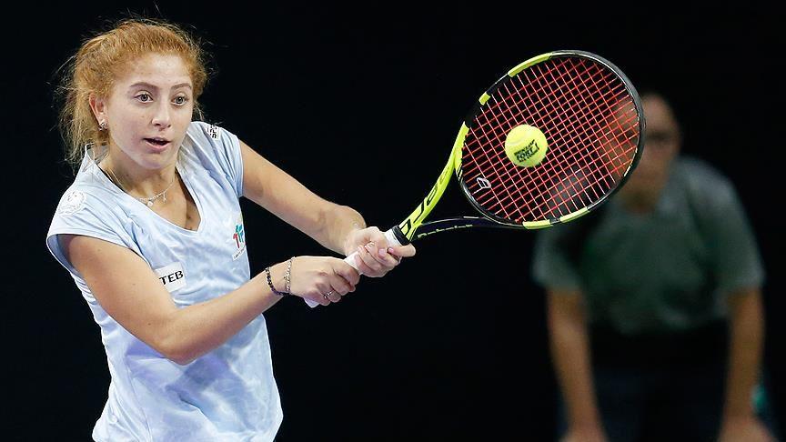 Milli tenisçi Berfu Cengiz, çiftlerde şampiyon oldu!