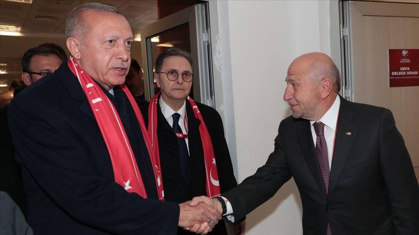 Cumhurbaşkanı Erdoğan, TFF Başkanı Özdemir ile görüştü!