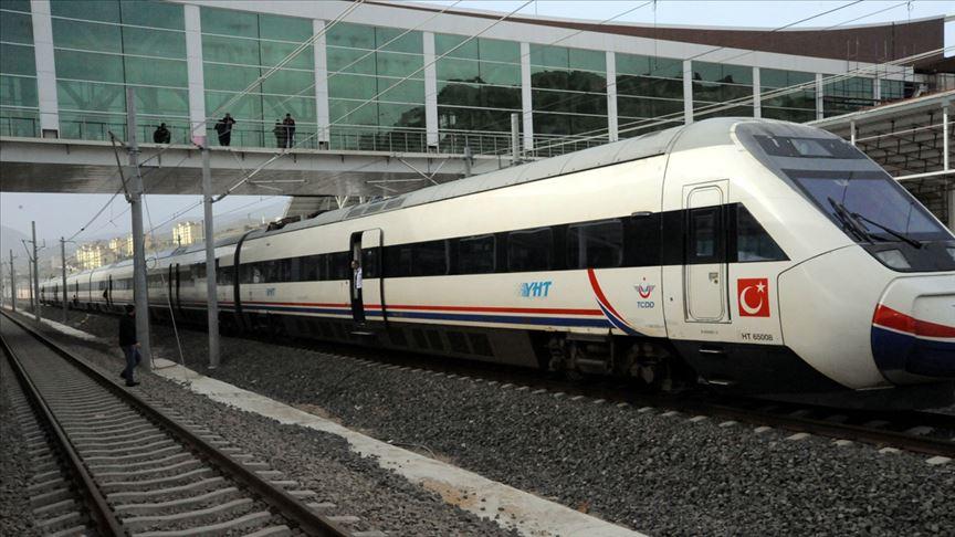 Bilecik-Arifiye demiryolu hattı kapatıldı!