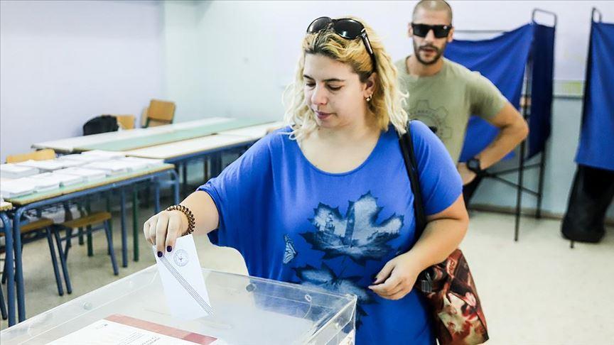 Yunanistan'da Yeni Demokrasi Partisi tek başına iktidar