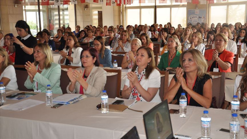 CHP Kadın Kolları başkanları Nevşehir'de bir araya geldi