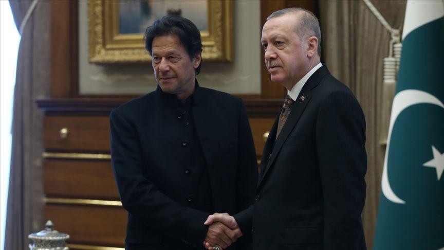 Cumhurbaşkanı Erdoğan ile İmran Han telefonda görüştü