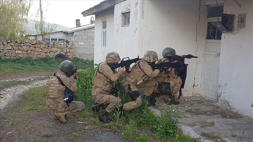 29 ilde terör örgütü PKK'ya yönelik operasyon: 418 gözaltı